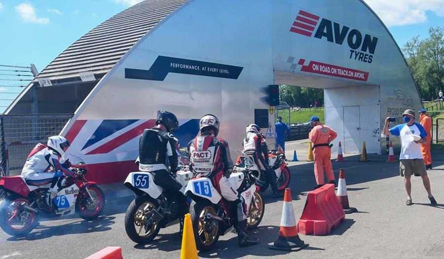 GP Originals sponsor, Avon Tyres are local to Castle Combe
