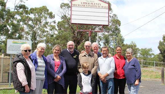 Mayor David Lowe with members of the Upper Plenty community