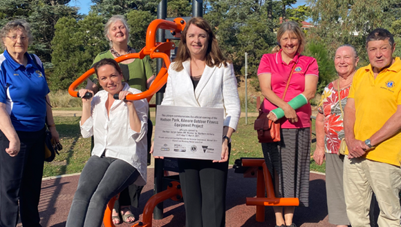 Member for Northern Victoria the Hon. Jaclyn Symes, Mayor Cr Rhond Sanderson and members of Wallan-Wandong Lions Cub at the opening of the fitness equipment in Hudson Park.