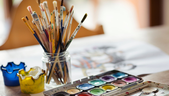 Image of paint and paint brushes