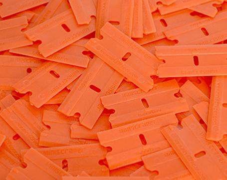 Plastic mini scrapers