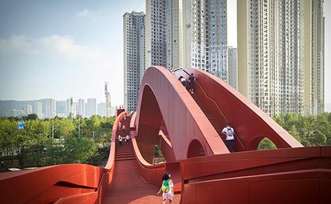 loop bridge by Next architects
