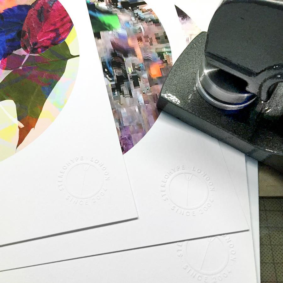 Button Badge Motif Prints – embossed certification seal