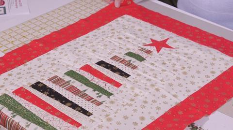 Makower Christmas Tree Wall Hanging with Valerie Nesbitt