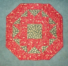 Candlemat Kit in Red and Green from Creative Quilting