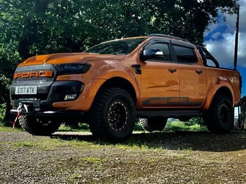 2017Ford Ranger Wildtrack Orange 2