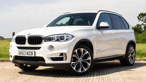2013 BMW X5 - White (Front)