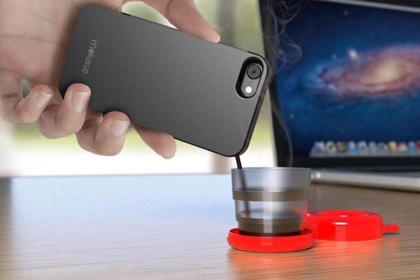 NEW SMARTPHONE CASE MAKES HOT COFFEE FRESH AND ON THE GO