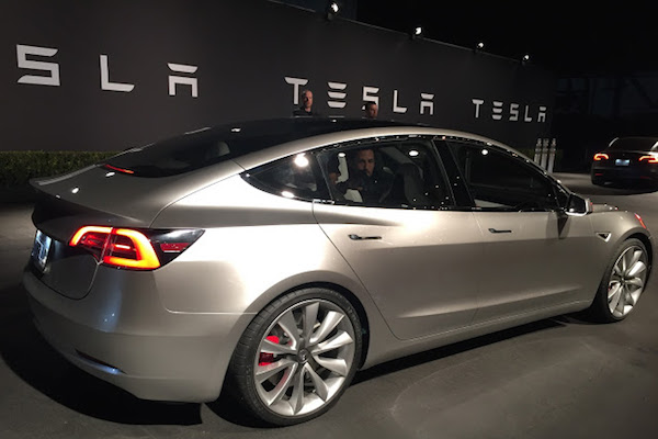 DESPITE COMPLICATIONS, TESLA PUSHES IT'S LIMITS WITH THE MODEL 3 SEDAN LAUNCH