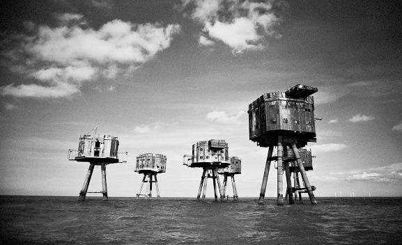 10 Abandoned Modern Ruins