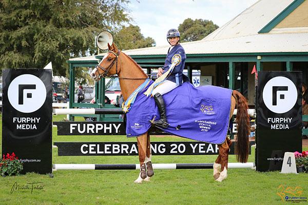 Stuart Tinney wins the Furphy Media Melbourne International 3 Day Event Pryde's EasiFeed CCI4*L on Celebration